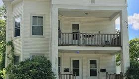 48 Pembroke Ave, Attleboro, MA 02703