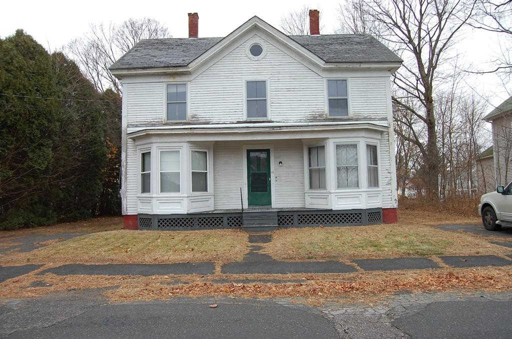 35 West St, West Brookfield, MA 01585 is now new to the market!