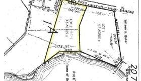 54 Fiskdale Rd, Brookfield, MA 01506