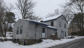 8 Chase St, Saugus, MA 01906
