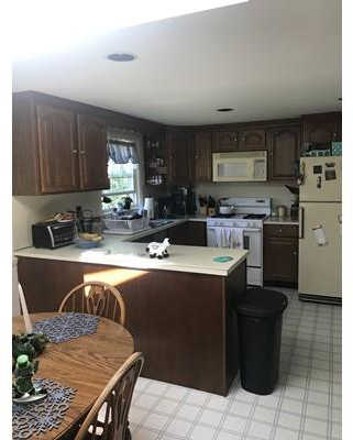 7 Maple St, Southborough, MA 01745 is now new to the market!