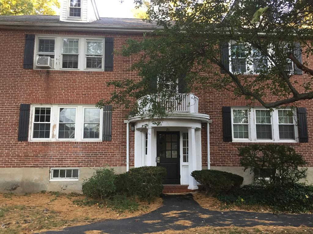 21 Hammond Pond #4, Newton, MA 02467 is now new to the market!