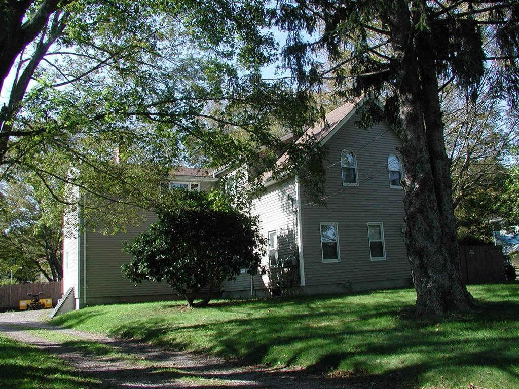 Another Property Rented - 1485 Somerset Ave #2, Taunton, MA 02780