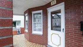 30 Medford St #1, Medford, MA 02155