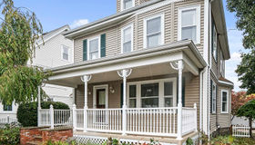 72 Brook St, Quincy, MA 02170
