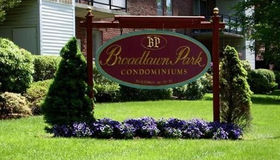 57 Broadlawn Park #22a, Boston, MA 02467