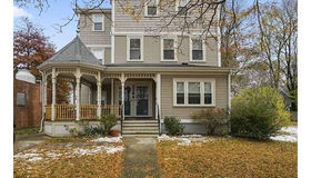 38 Independence Avenue #38, Quincy, MA 02169