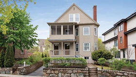 811 Heath St #811, Brookline, MA 02467