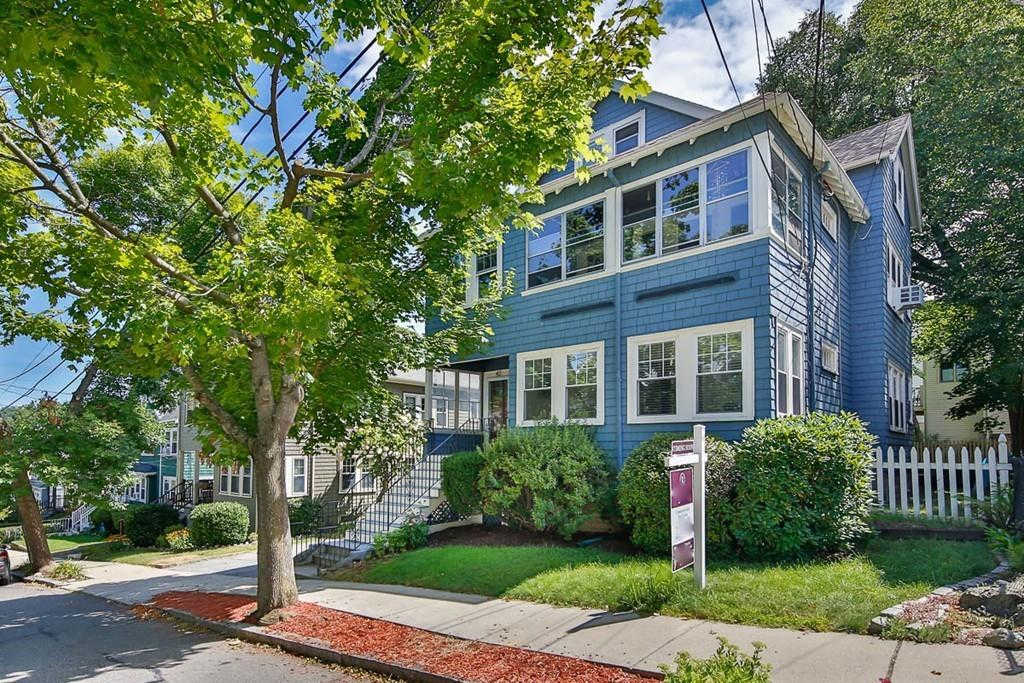 44 Menotomy Road #44, Arlington, MA 02476 has an Open House on  Sunday, October 13, 2019 12:30 PM to 2:00 PM