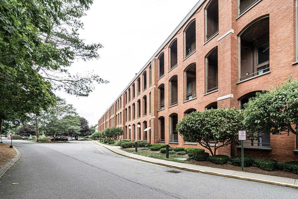 96 Old Colony Ave #312, Taunton, MA 02718 is now new to the market!