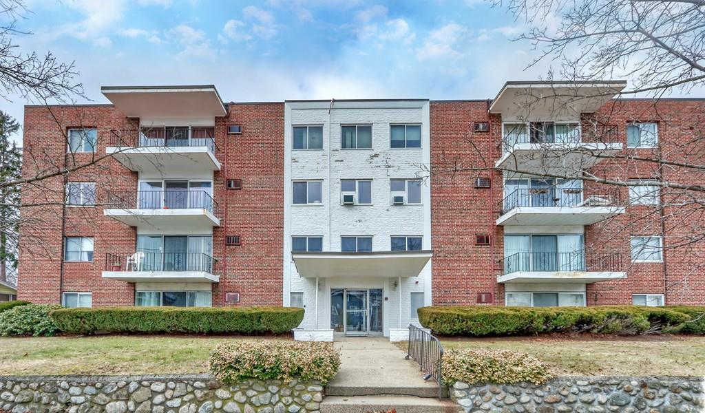 260 Tremont St #7, Melrose, MA 02176 has an Open House on  Sunday, January 19, 2020 12:00 PM to 1:30 PM