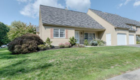 46 Rosslare Drive #98, Worcester, MA 01602