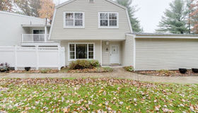112 Edgebrook Dr #112, Boylston, MA 01505