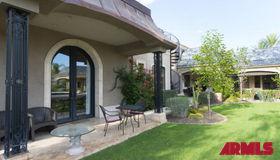 8206 N Via DE Lago Street, Scottsdale, AZ 85258