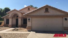 1677 W Bluebird Drive, Chandler, AZ 85286