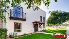7676 E Minnezona Avenue, Scottsdale, AZ 85251