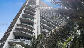 690 sw 1st CT #phi26, Miami, FL 33130