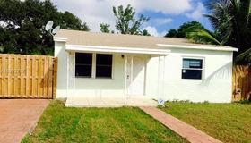 628 sw 10th St, Hallandale, FL 33009