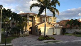 741 E Laurel Ln, Pembroke Pines, FL 33027
