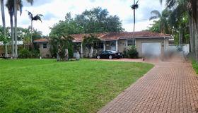 940 Hunting Lodge Dr, Miami Springs, FL 33166