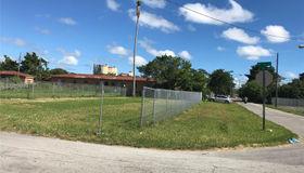 125 nw 76 St, Miami, FL 33150