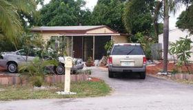 2561 NE 12th Ave, Pompano Beach, FL 33064