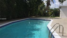 1930 NE 208th Ter, Miami, FL 33179