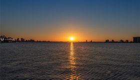 6360 N Bay Rd, Miami Beach, FL 33141