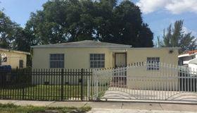 1886 nw 51st St, Miami, FL 33142