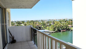 10000 W Bay Harbor Dr #524, Bay Harbor Islands, FL 33154