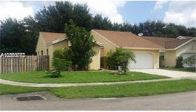 10877 nw 32nd Pl, Sunrise, FL 33351