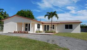 10181 sw 198th St, Cutler Bay, FL 33157