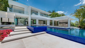 5004 N Bay Rd, Miami Beach, FL 33140
