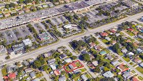 1610 N 69th Way, Hollywood, FL 33024