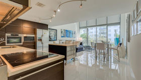 6000 Collins Ave #517, Miami Beach, FL 33140