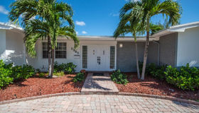 2365 NE 195 St, Miami, FL 33180