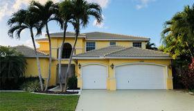 15981 sw 4th St, Pembroke Pines, FL 33027