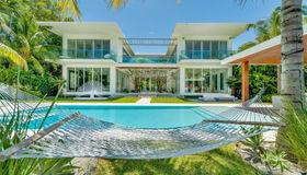 1435 W 27th St, Miami Beach, FL 33140