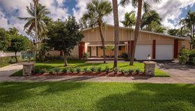 2480 NE 200th St, Miami, FL 33180