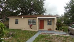 1230 nw 86th St, Miami, FL 33147