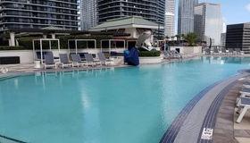999 sw 1 Ave #1201, Miami, FL 33130