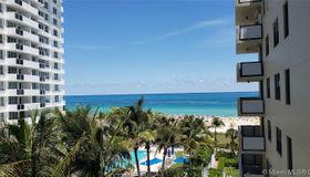 1623 Collins Ave #711, Miami Beach, FL 33139