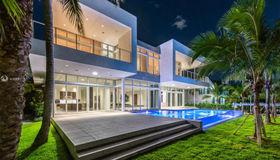 373 Center Island, Golden Beach, FL 33160
