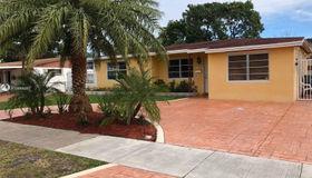 1230 North Dr, Miami, FL 33179