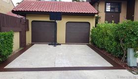 1057 NE 204th Ter, Miami, FL 33179