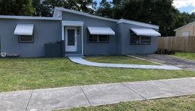 14 Edmund Rd, West Park, FL 33023