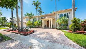 8320 nw 157th Ter, Miami Lakes, FL 33016
