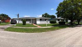 17801 nw 15th CT, Miami Gardens, FL 33169