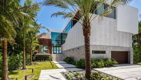 7311 Belle Meade Island Dr, Miami, FL 33138