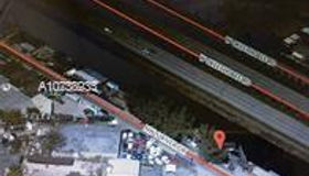 10915 nw South River Dr, Medley, FL 33178